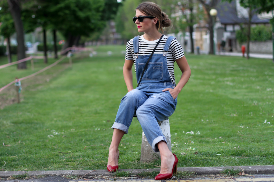Dungarees and strips