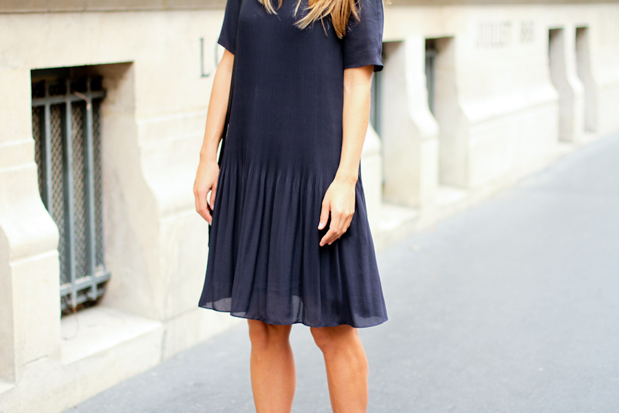 IMG_4547-Clochet cos blue pleated dress paris