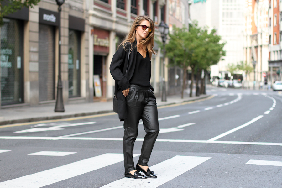 IMG_5736- Clochet mango baggy leather trousers_