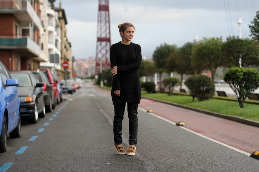 Mango leather trousers black knit leo slipons-1-8