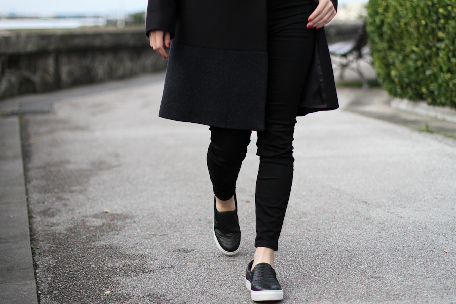 clochet - COS Coat - leather slipons - COS Sweater-15