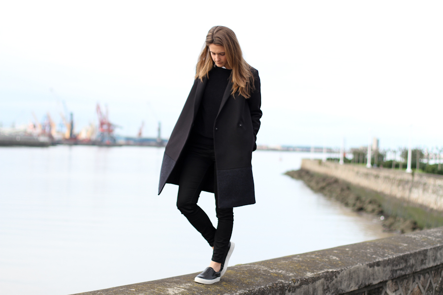 clochet - COS Coat - leather slipons - COS Sweater-3