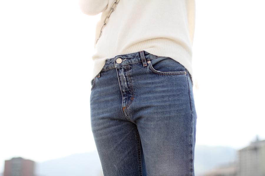 clochet - acne pop betty jeans - acne shiloh clutch - white angora sweater-3