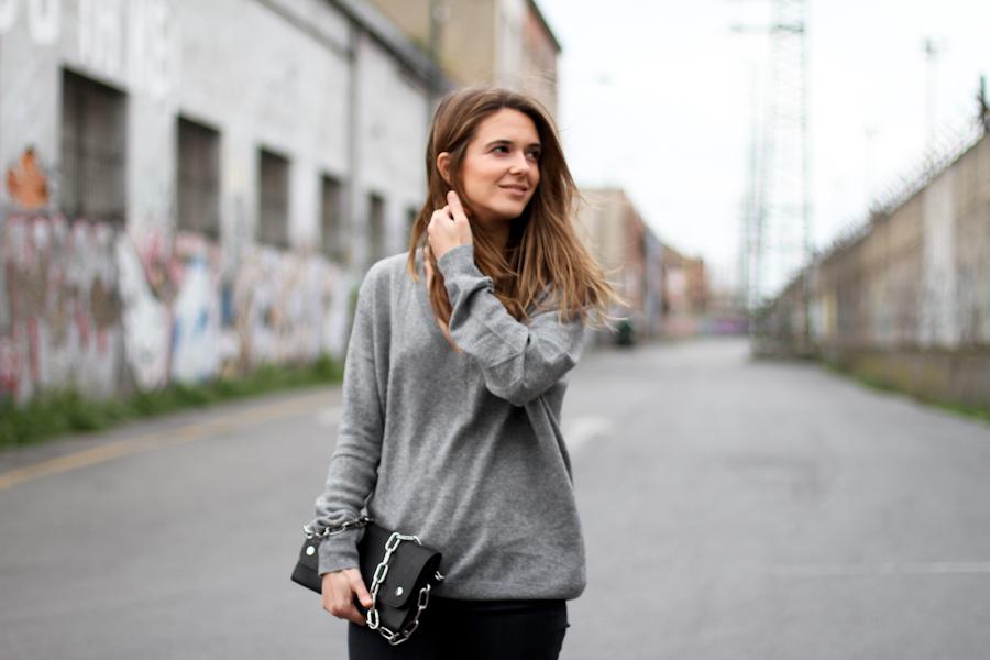 clochet - zara cashmere sweater - grey skinny jeans - acne shiloh clutch-4