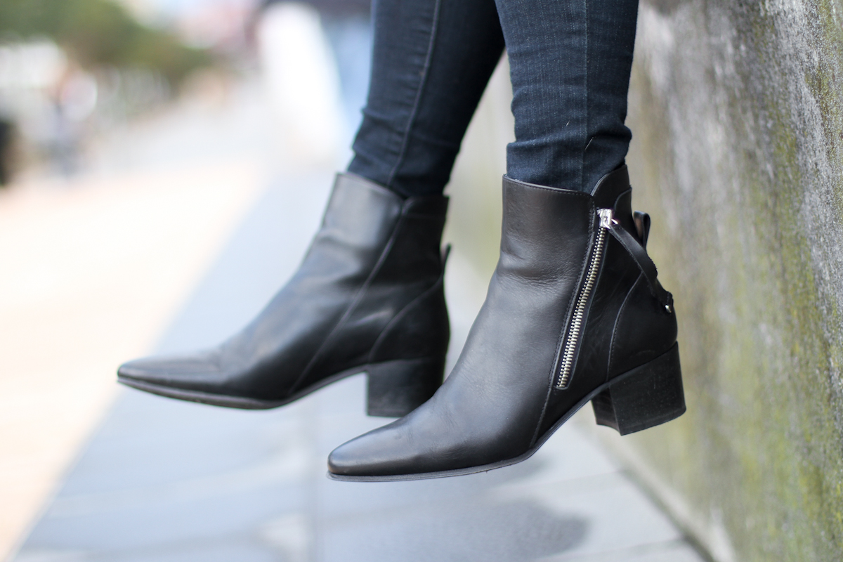 clochet - isabel marant pour h&m oversized jacket - zara black ankle boots - outfit - street style-4