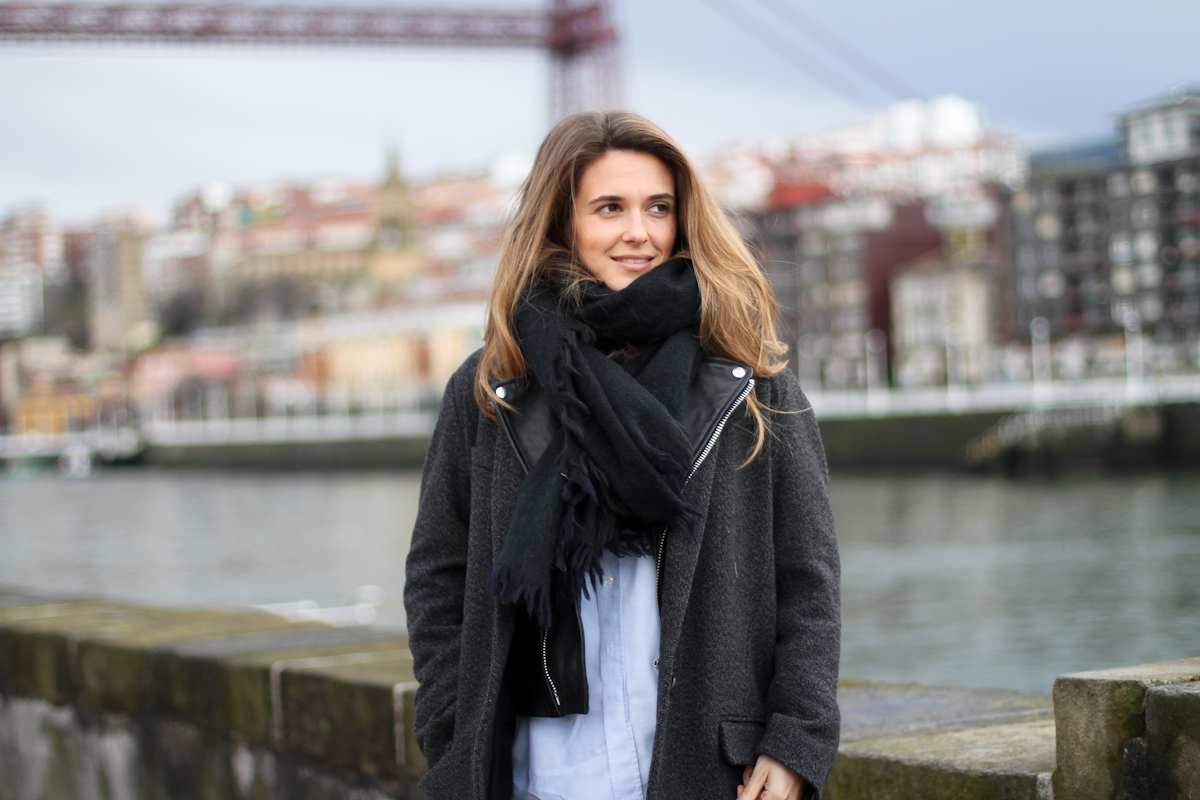 clochet - isabel marant pour h&m oversized jacket - zara black ankle boots - outfit - street style