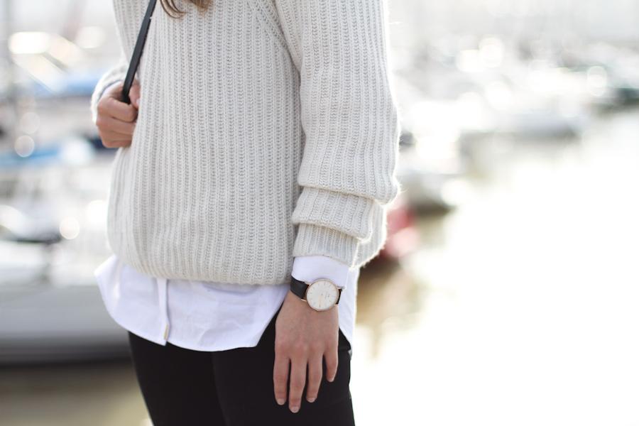 clochet - steve madden leopard slipons - zara beige knit - mango white shirt-4