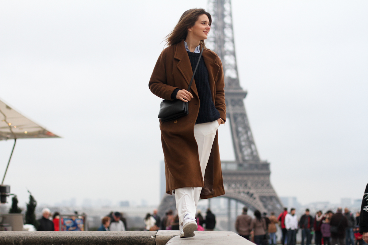 clochet - paris - celine trio bag - vintage long coat - adidas stan smith - white trousers - outfit - street style-3