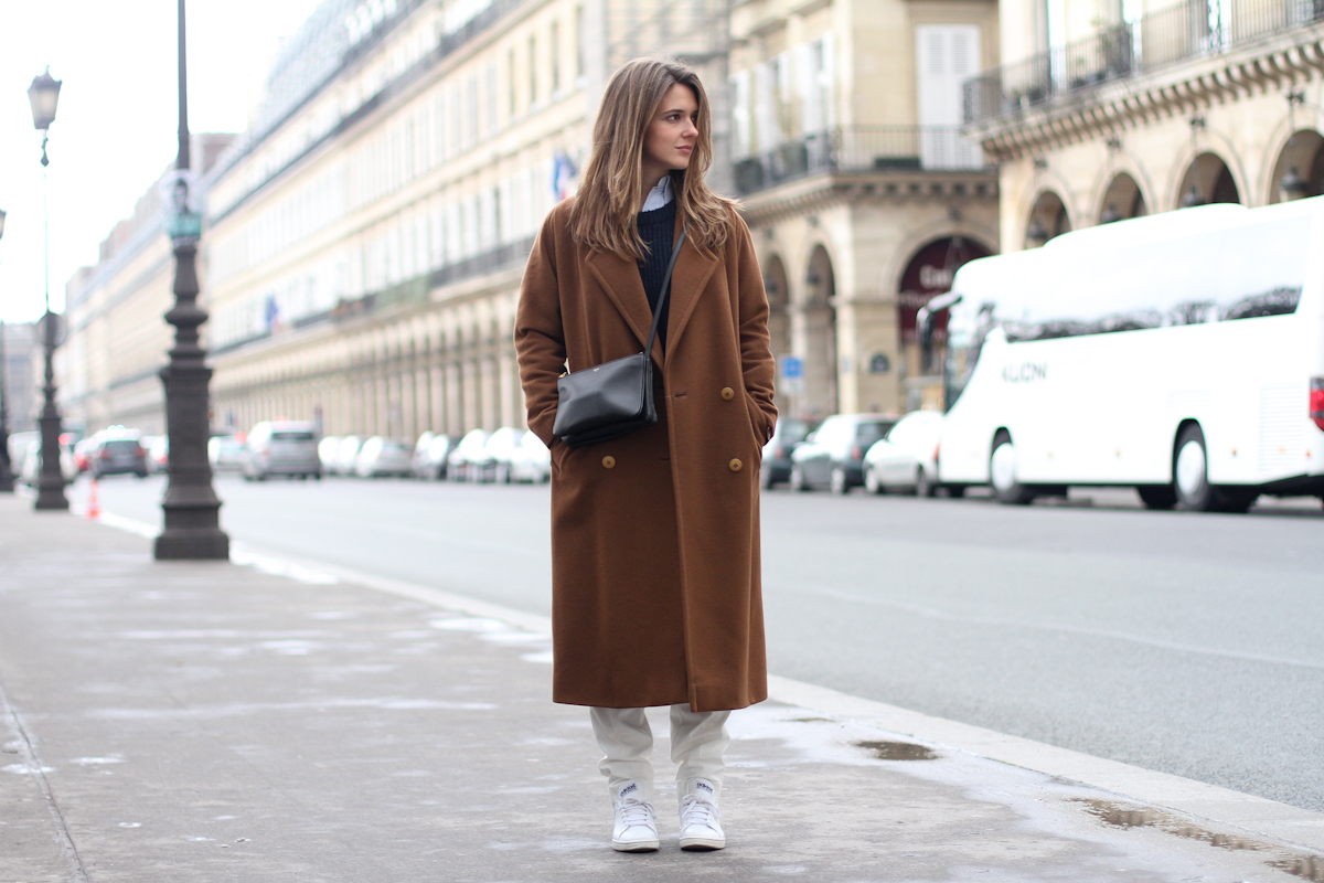 clochet - paris - celine trio bag - vintage long coat - adidas stan smith - white trousers - outfit - street style-9