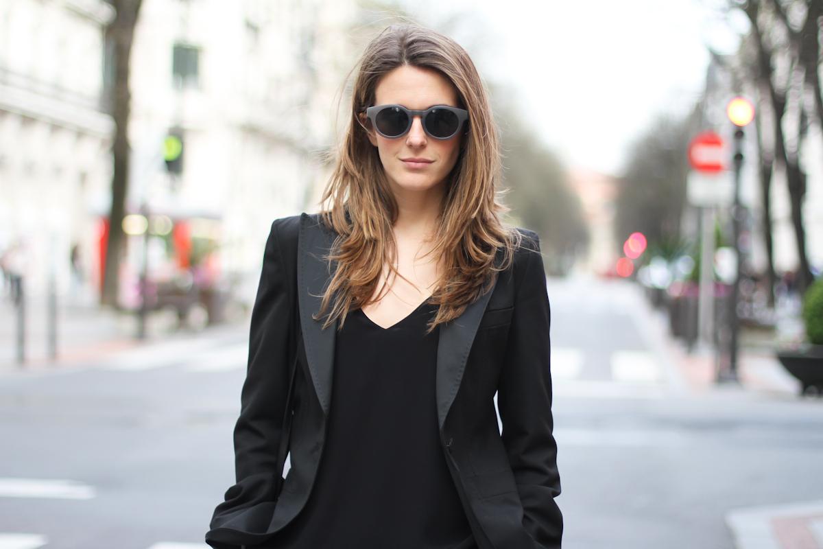 clochet - streetstyle - outfit - mango black culottes - celine trio bag - adidas stan smith-6