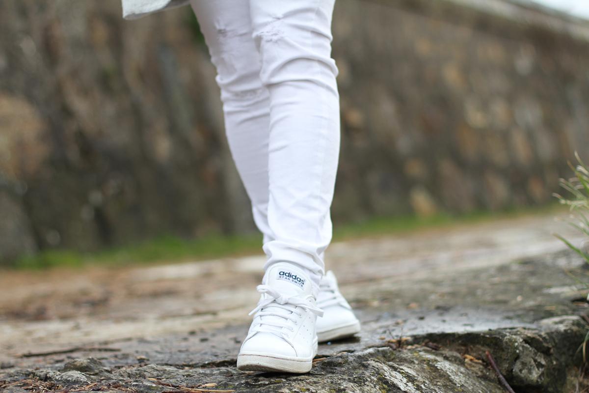 clochet - streetstyle - outfit - mango grey coat - blanco white jeans-5