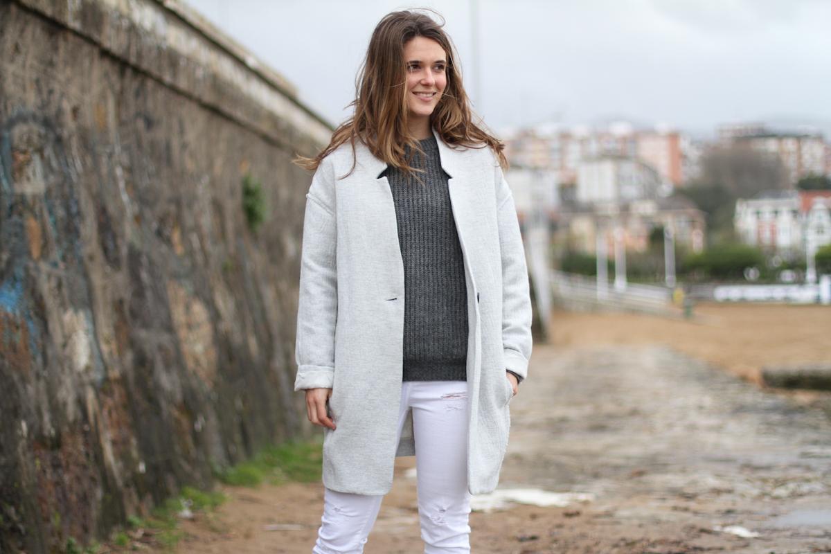 clochet - streetstyle - outfit - mango grey coat - blanco white jeans-8