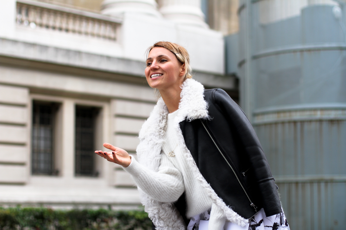 clochet - streetstyle - outfit -paris fashion week - leather jacket- white shoes-3