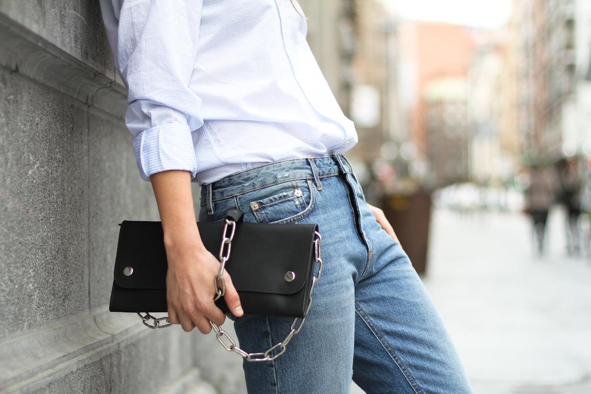 clochet - streetstyle - outfit - acne studios pop jeans - acne studios shiloh clutch - white platforms-8