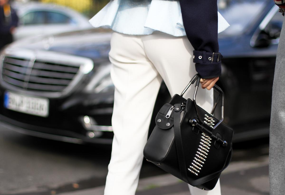 clochet - streetstyle - outfit - leandra medine - paris fashion week - the manrepeller-2