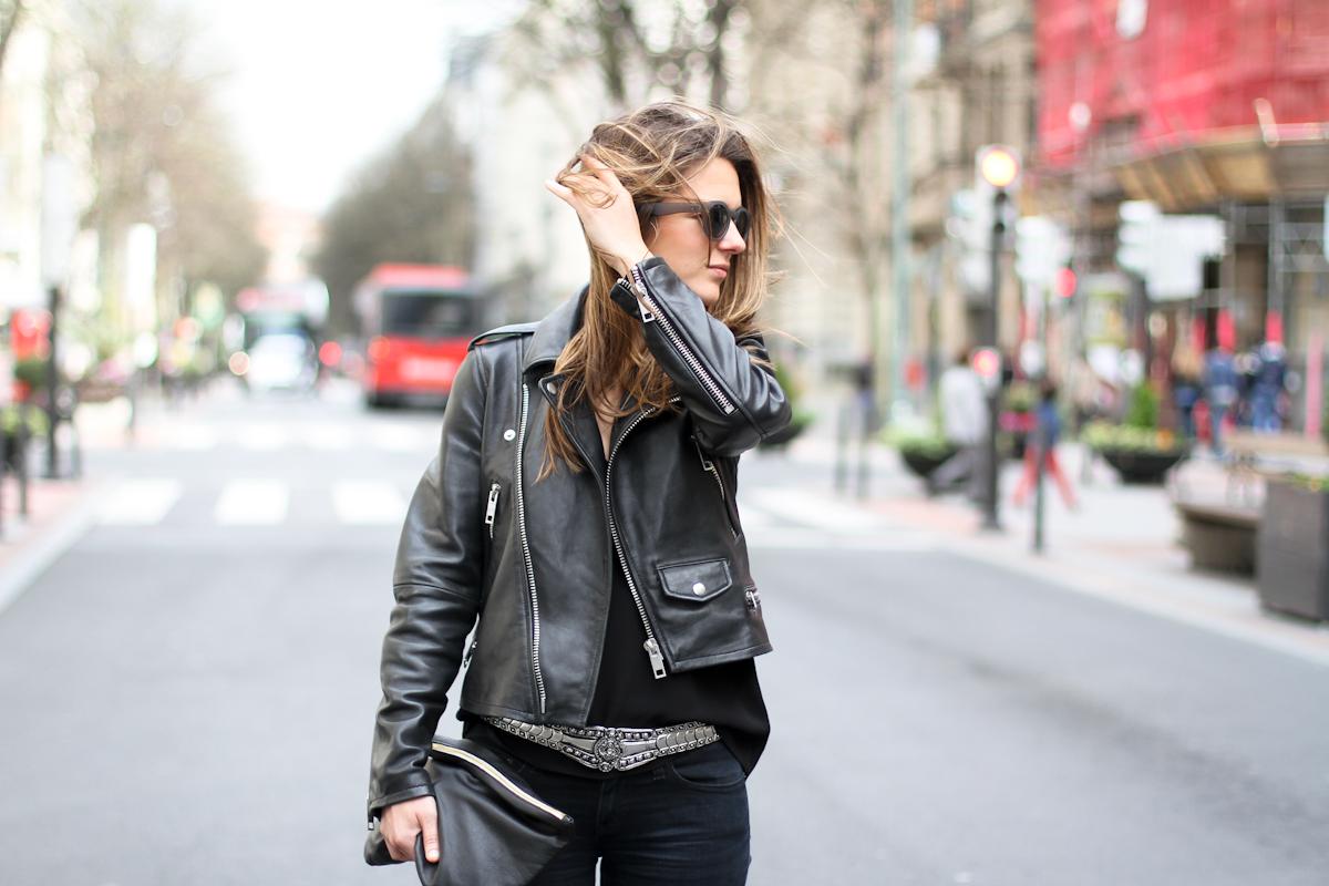 clochet - streetstyle - outfit - mango premium leather jacket - levis leggings - h&m spring collection belt-5