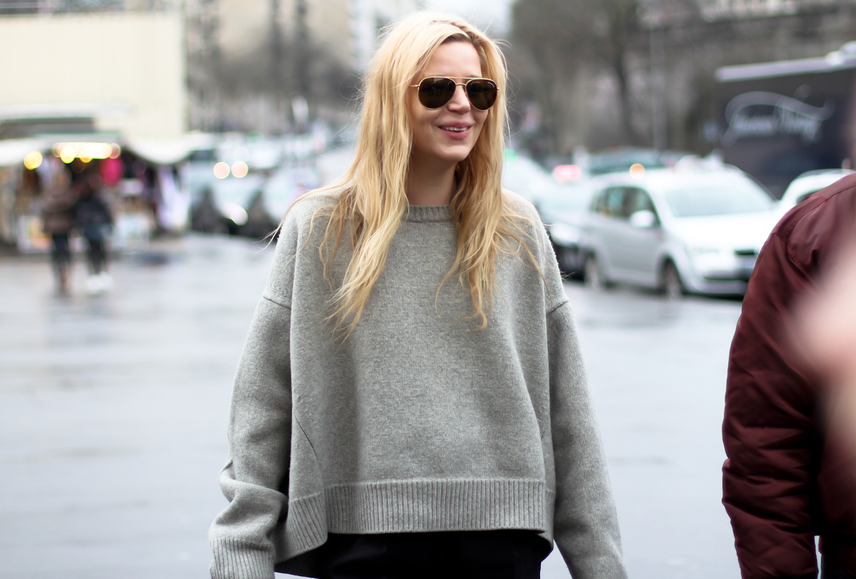 clochet - streetstyle - outfit - paris fashion week - celine knit-2