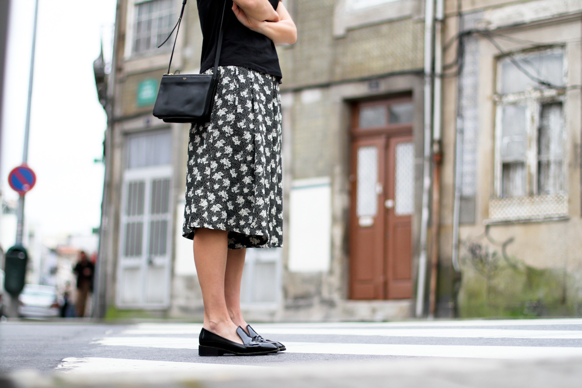 clochet - streetstyle - outfit - porto - portugal - h&m trend printed culottes - celine trio bag-5