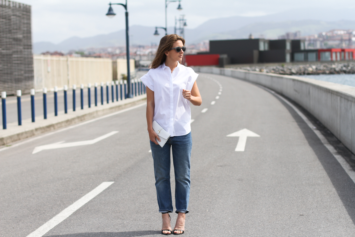 clochet - outfit- streetstyle - acne pop jeans - mango clutch - white structured shirt-7