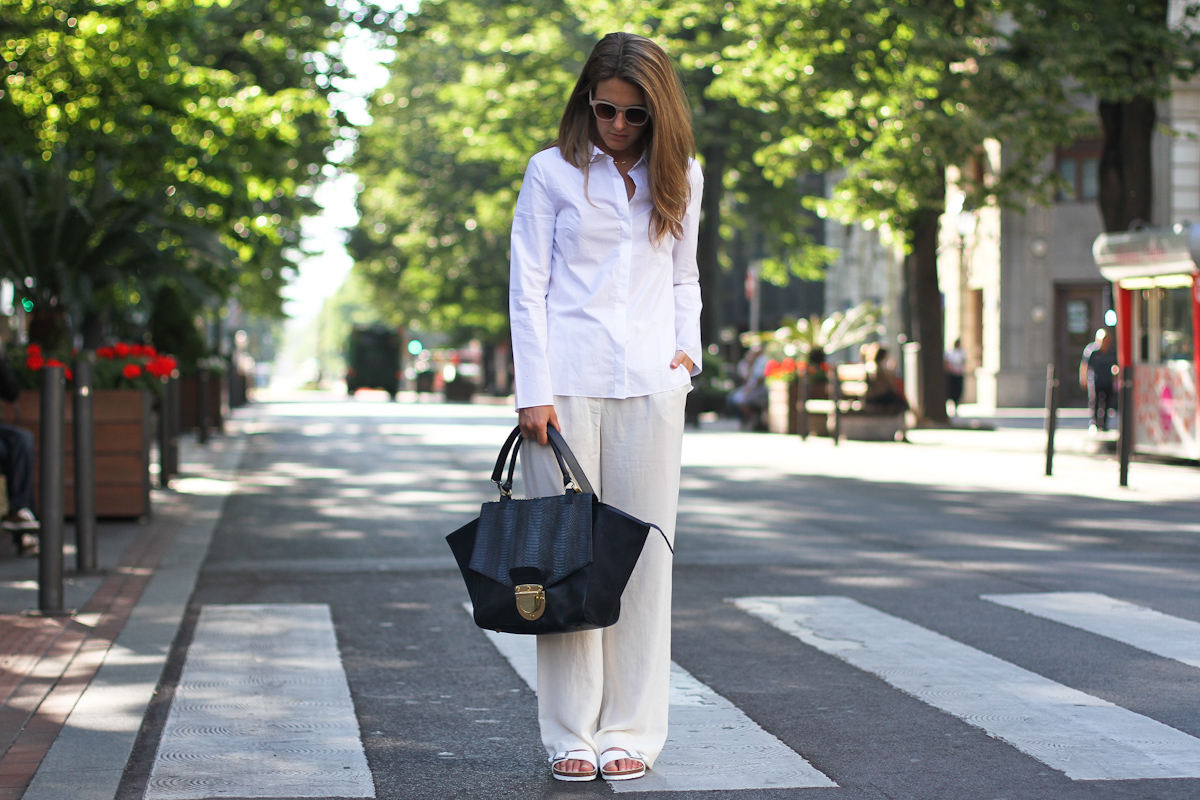 clochet - outfit- streetstyle - mango white wide trousers - cos white shirt - sushi bag - white birkenstocks-13