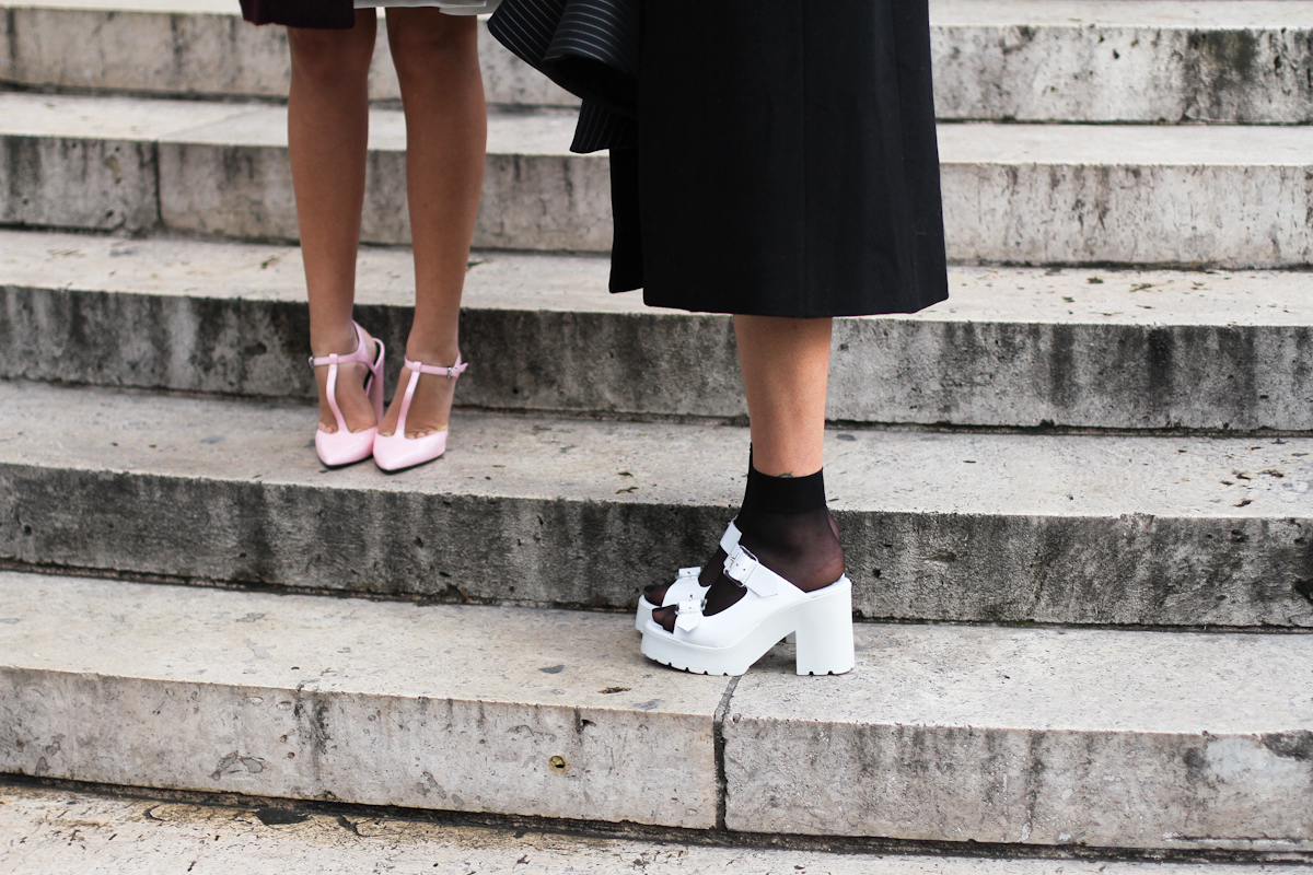 clochet - outfit- streetstyle - paris fashion week - pink heels - white chunky sandals