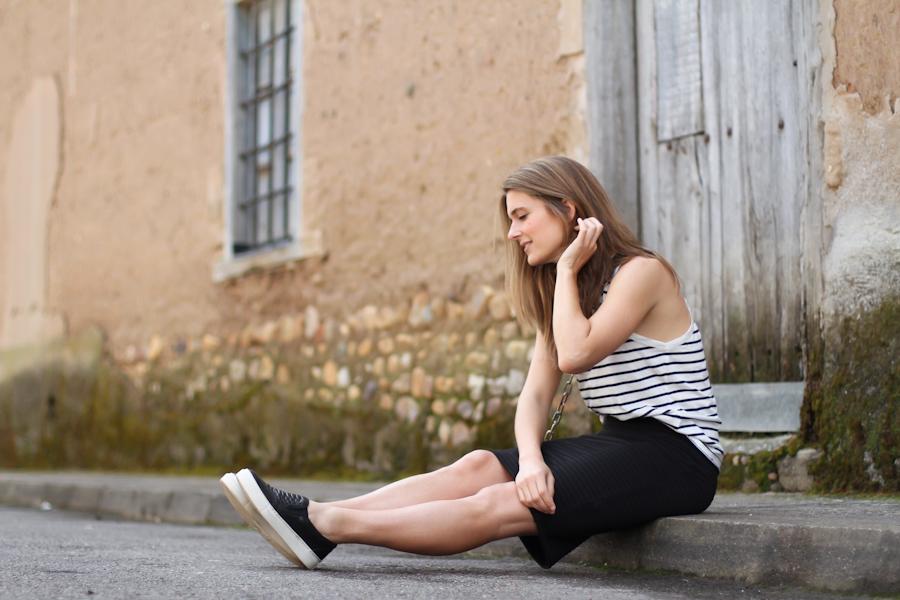 clochet - streetstyle - outfit - blanco black pencil skirt - acne shiloh bag - leather slipons-5