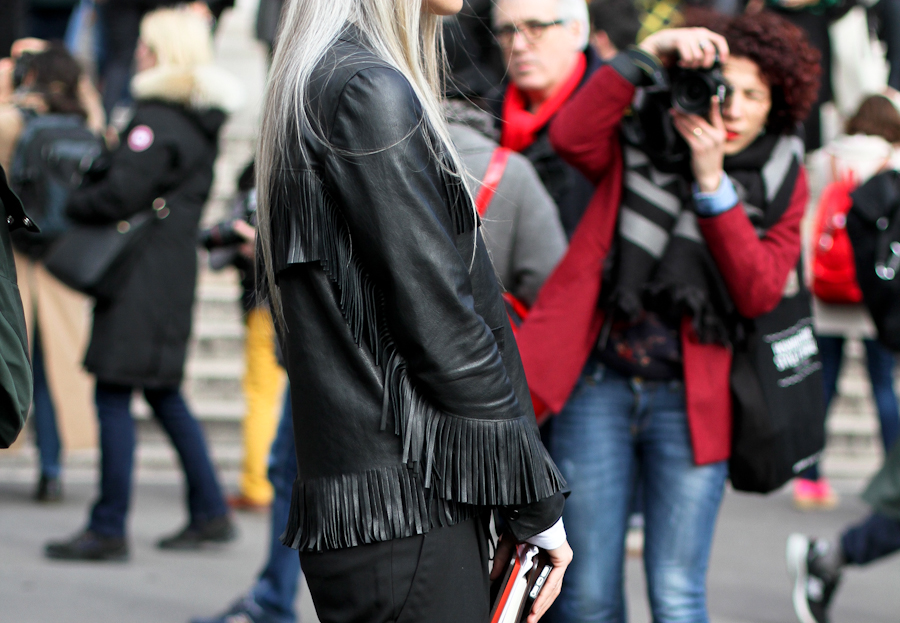 clochet - streetstyle - outfit - paris fashion week - sara harris - fringe leather jacket_