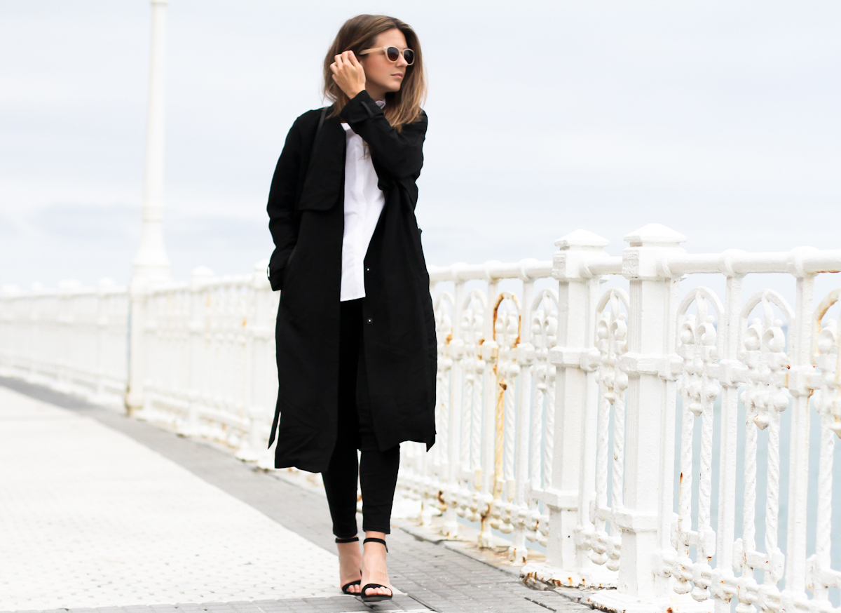 clochet_outfit_streetstyle_h&m-long-trenchcoat_zara-sandals_celine-trio-bag_01-6