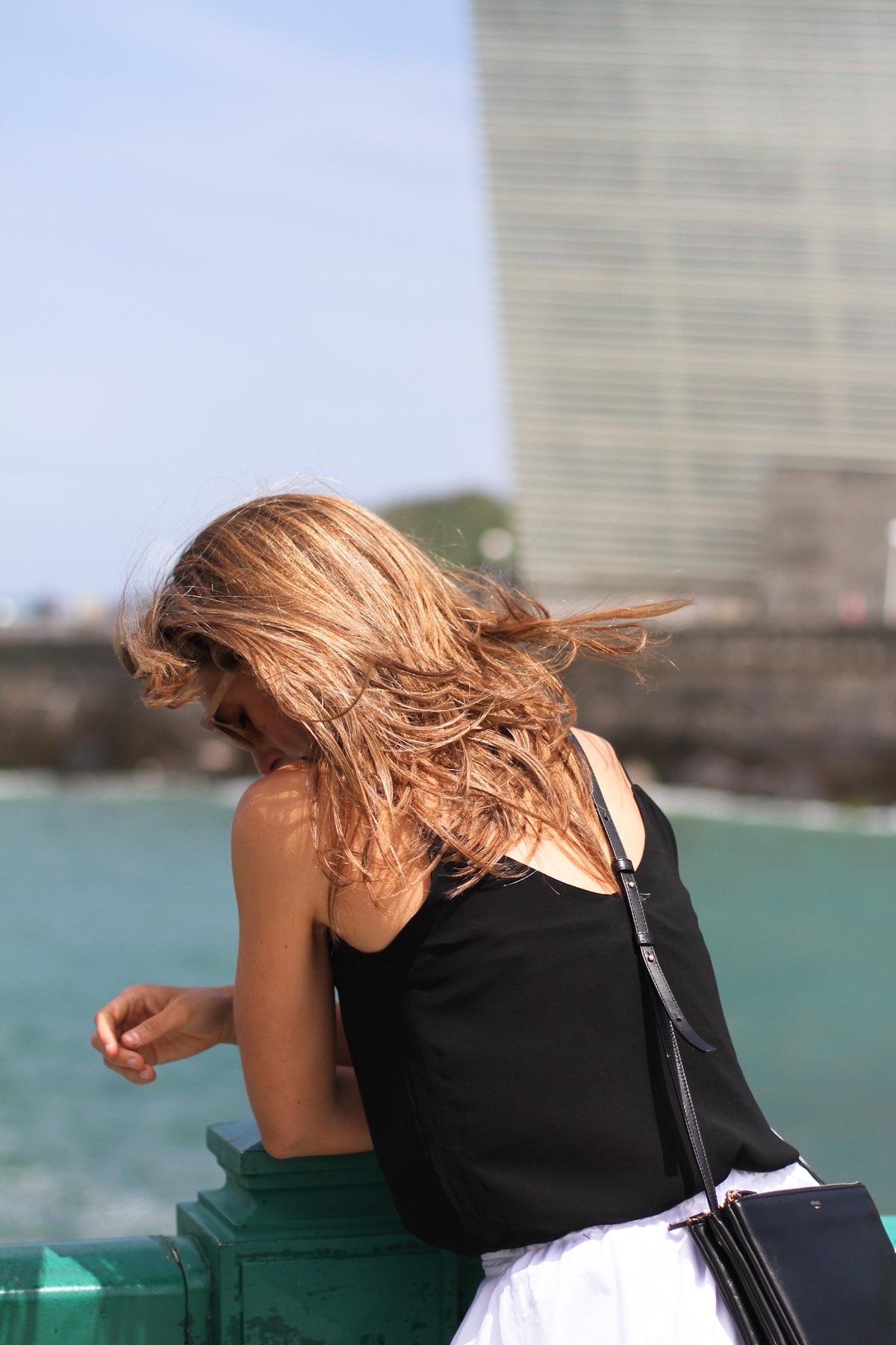 clochet_outfit_streetstyle_zara-white-midi-skirt_celine-trio-bag_-4