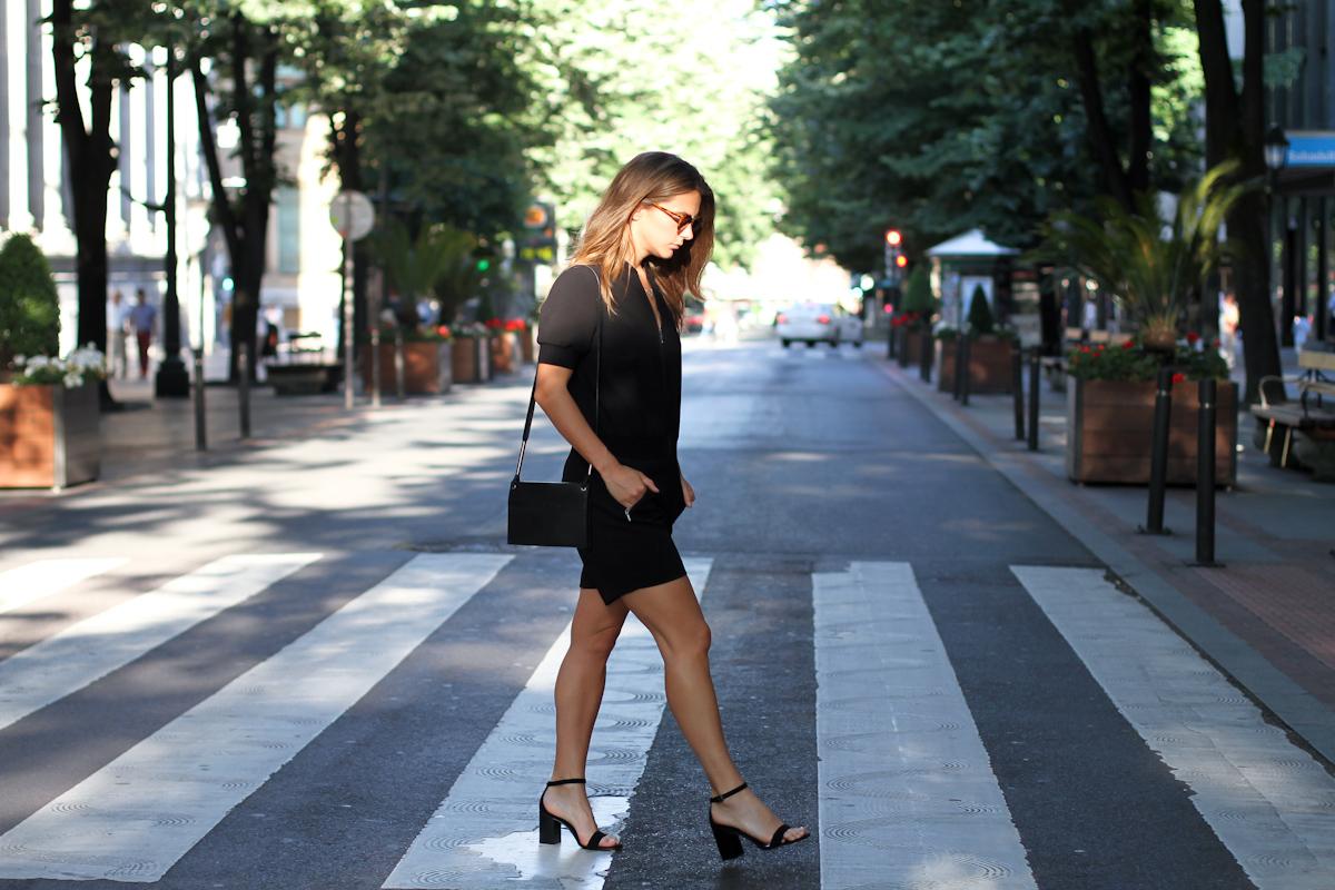 Clochet_outfit_streetstyle_girissima_jumpsuit_spektre_sunglasses_-2