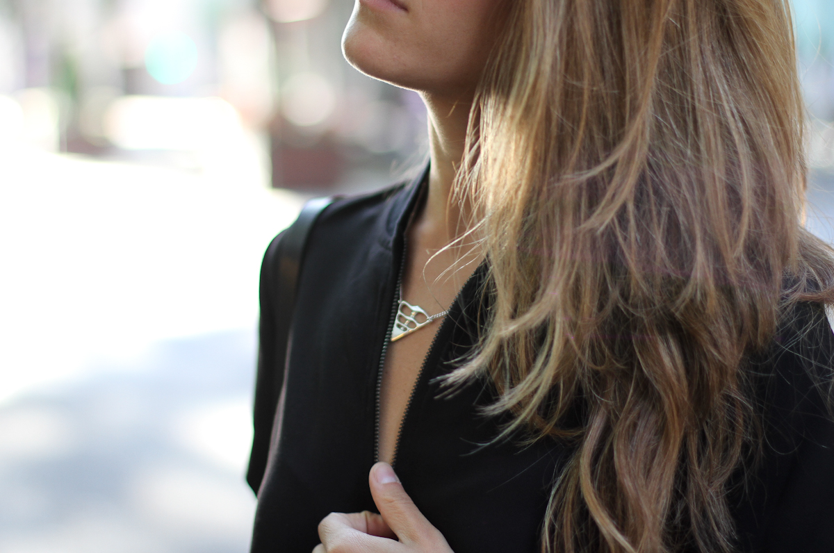 Clochet_outfit_streetstyle_girissima_jumpsuit_spektre_sunglasses_-9