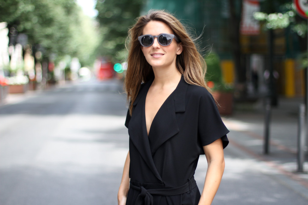 Clochet_outfit_streetstyle_zara_black_jumpsuit_balber_time_watch_