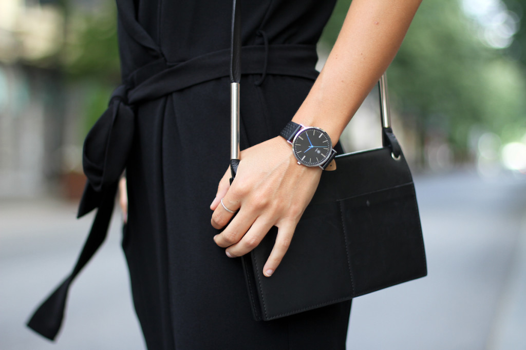 Clochet_outfit_streetstyle_zara_black_jumpsuit_balber_time_watch_-2