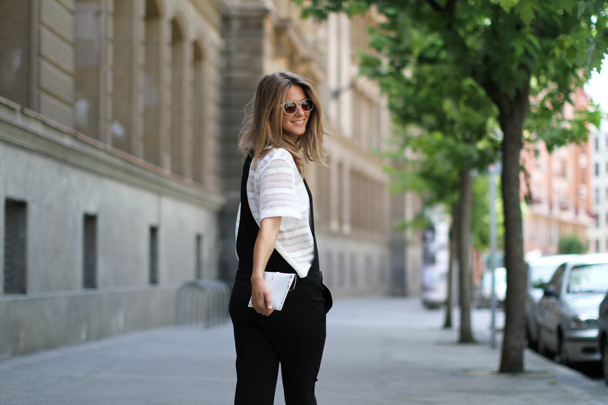 Clochet_zara_black_jumpsuit_white_mesh_top_-8
