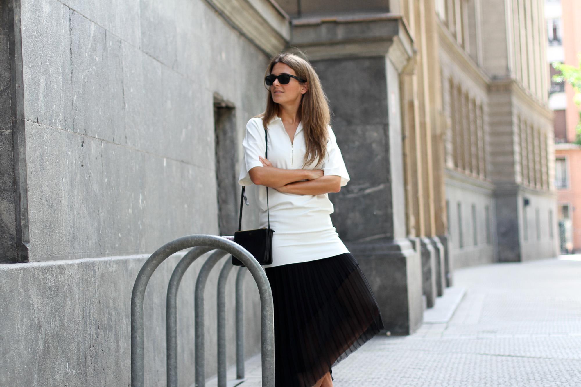 Clochet_zara_pleated_assimmetric_skirt_vagabond_sliders_-16