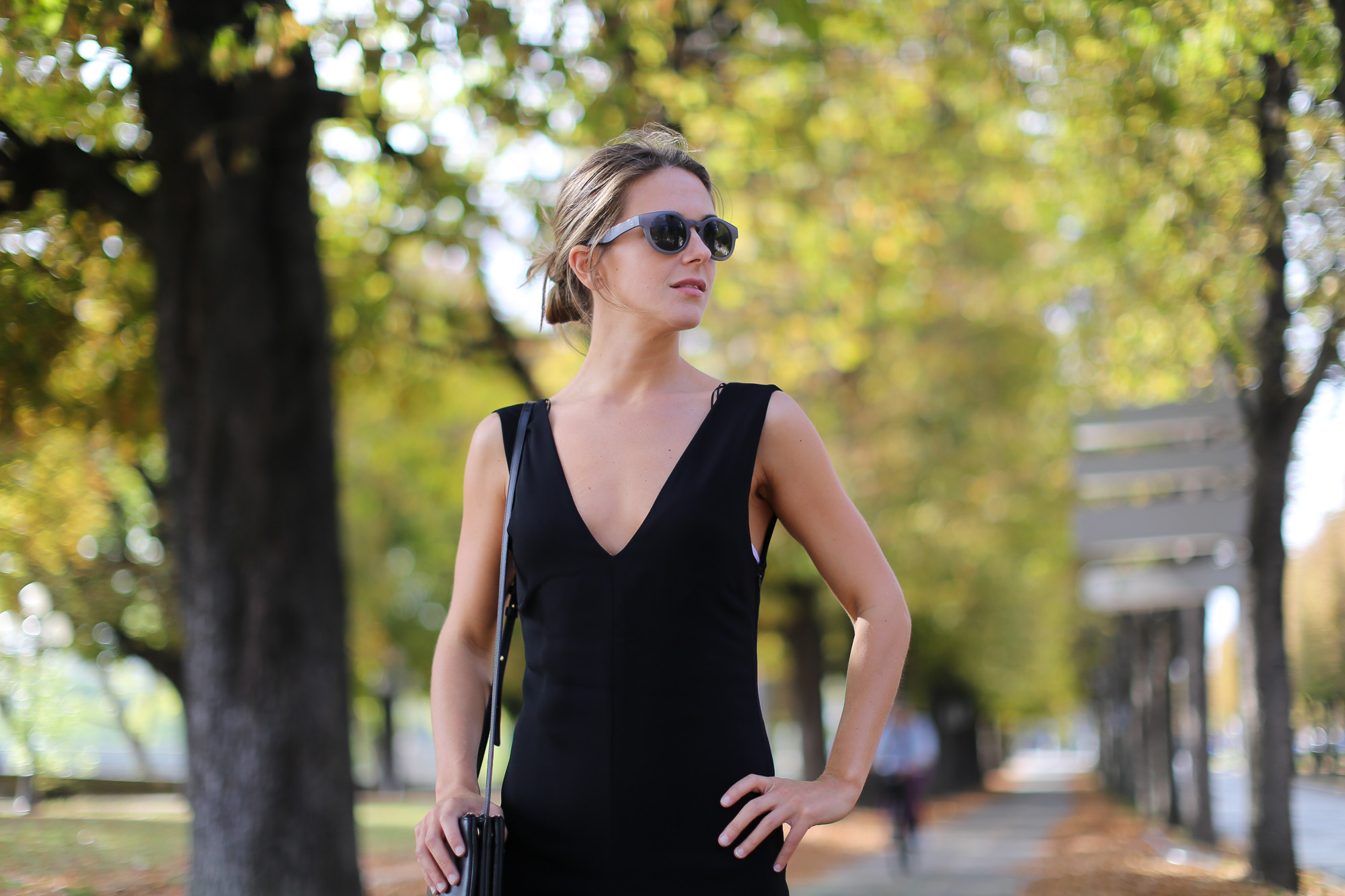 Clochet-paris-fashion-week-streetstyle-zara-jumpsuit-sliders-celine-trio-bag-1-3