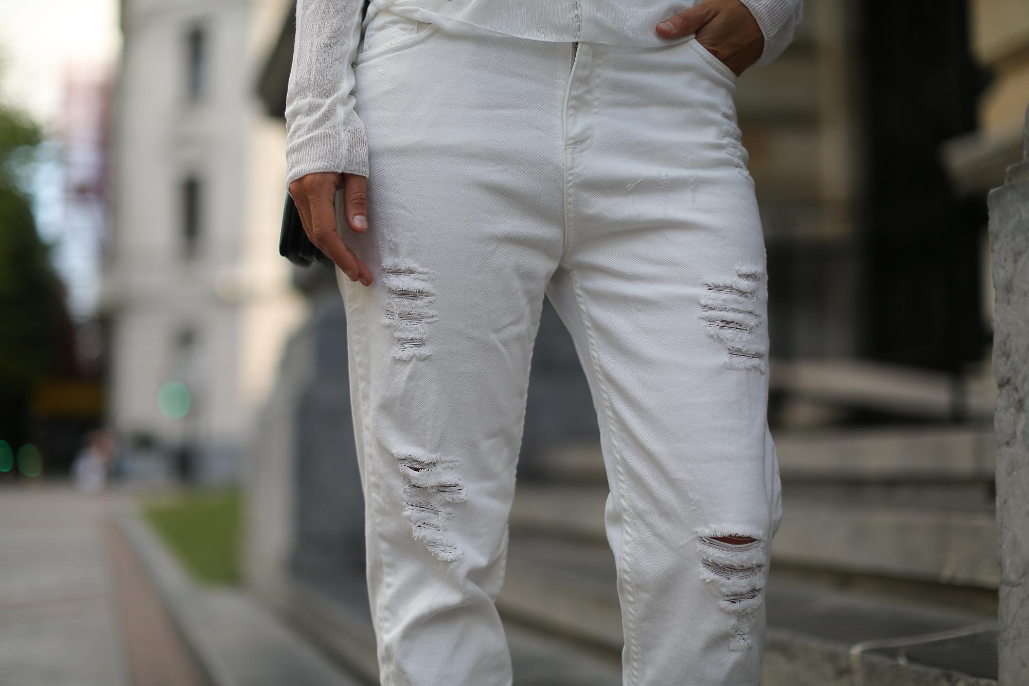 Clochet_White_mom_jeans_mango_premium_sweater_celine_trio_bag-1-5