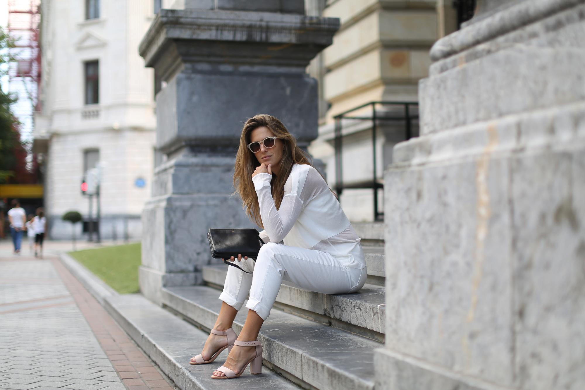Clochet_White_mom_jeans_mango_premium_sweater_celine_trio_bag-1-9