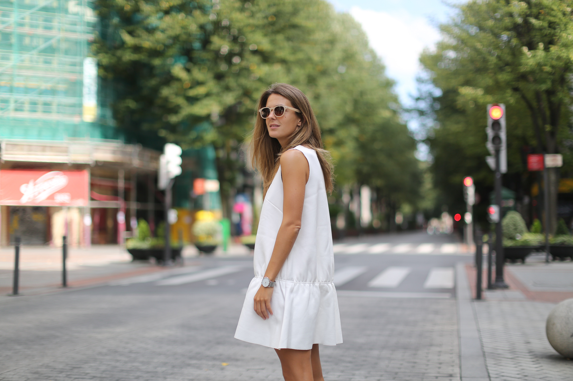 Clochet_h&m_trend_white_neoprene_dress_-1-5