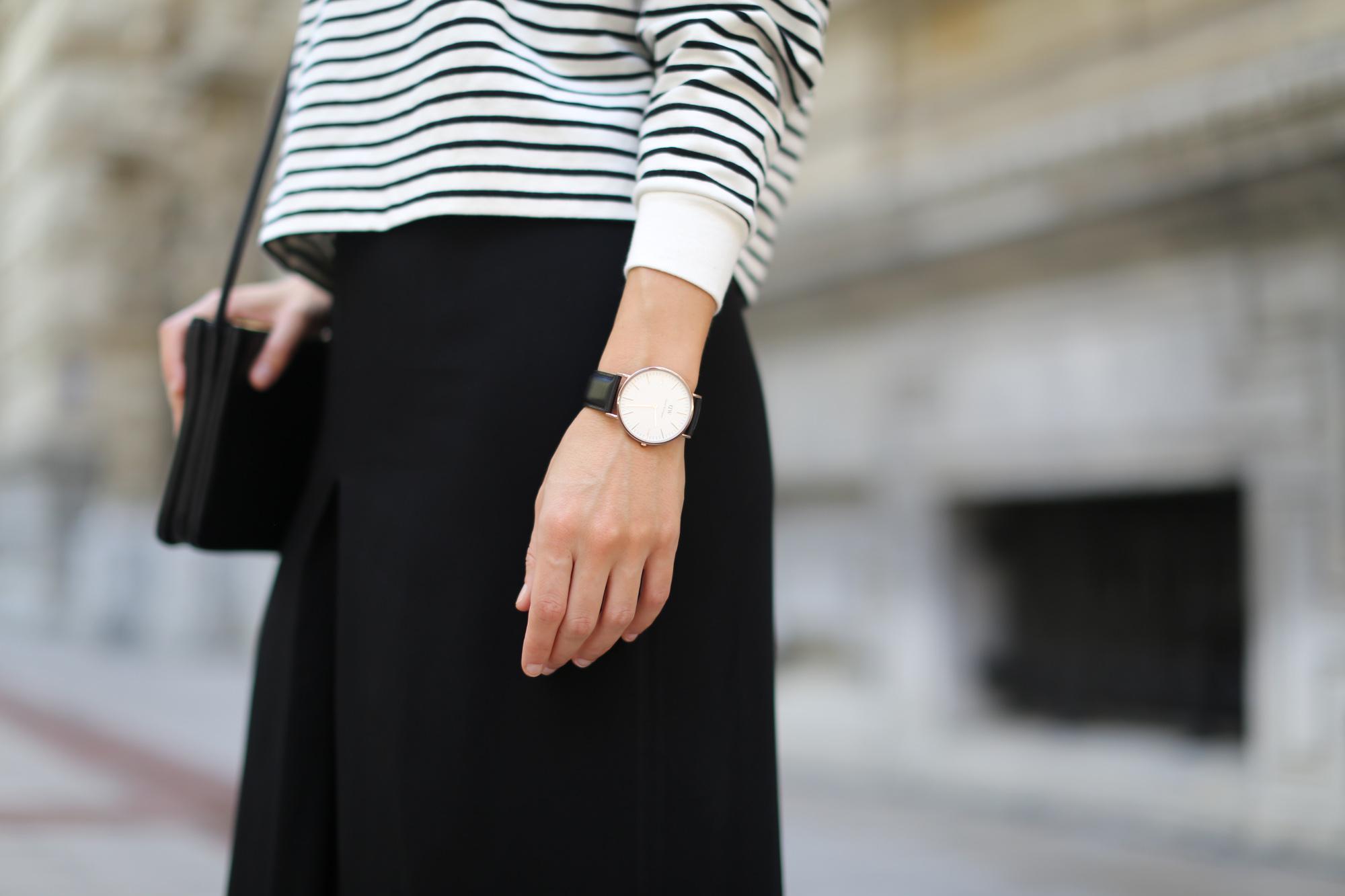 Clochet-streetstyle-culottes-zara-stripped-weater-celine-trio-bag-daniel-wellington-watch-10