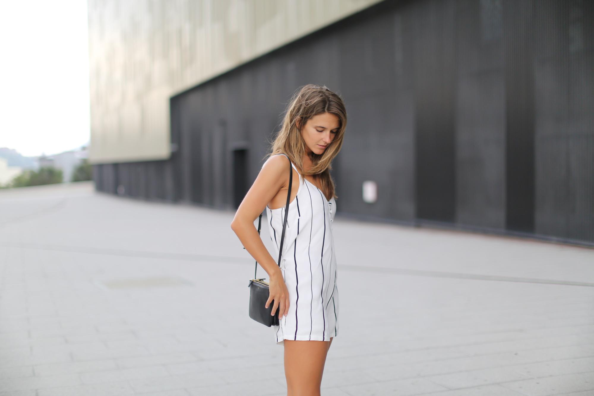 Clochet-streetstyle-faithfull-the-brand-jumpsuit-celine-trio-bag-5