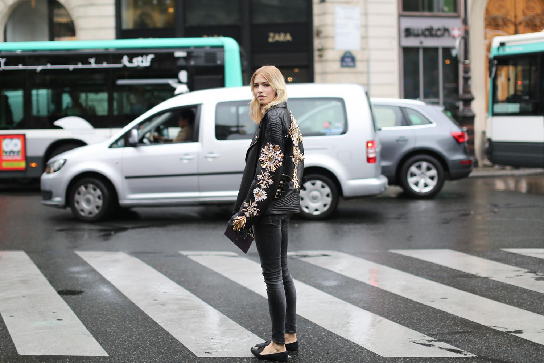 Clochet-streetstyle-paris-fashion-weel-elena-perminova-2