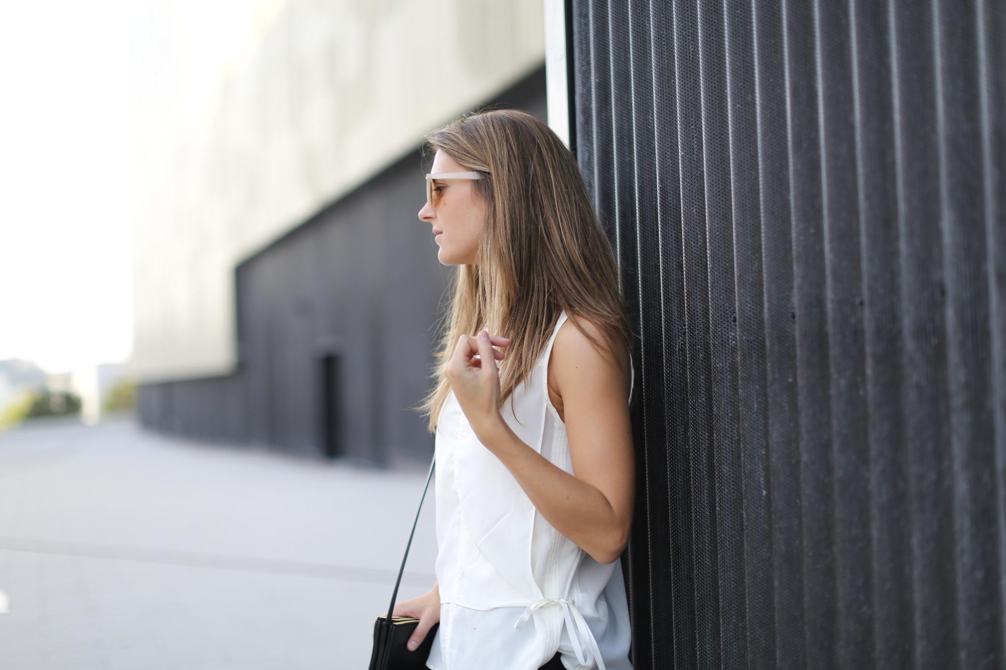 Clochet-streetstyle-zara-mini-pleated-skirt-adidas-stan-smith-5