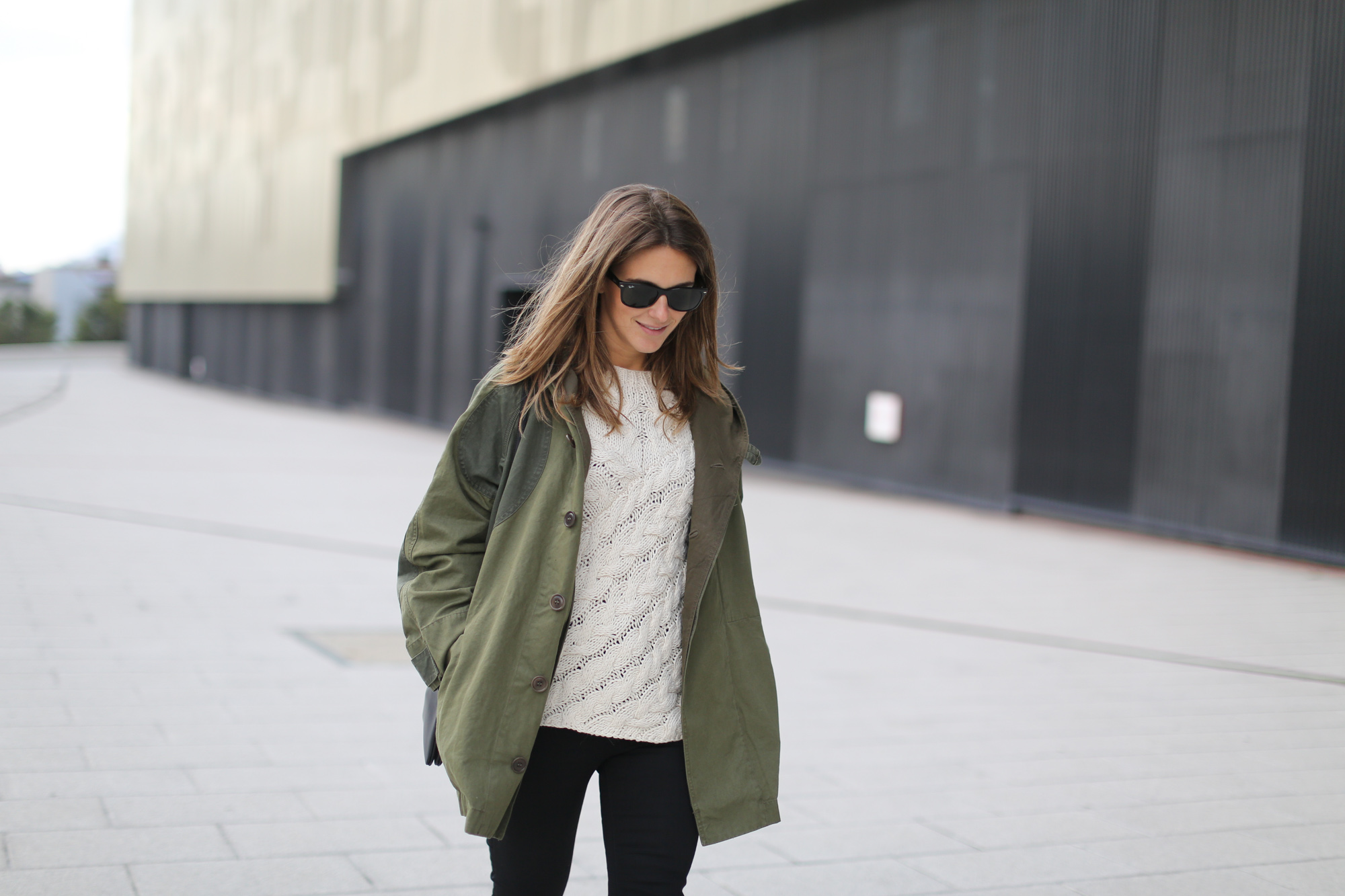 Clochet-streetstyle-isabel-marant-ellison-parka-h&m-trend-shirt-8
