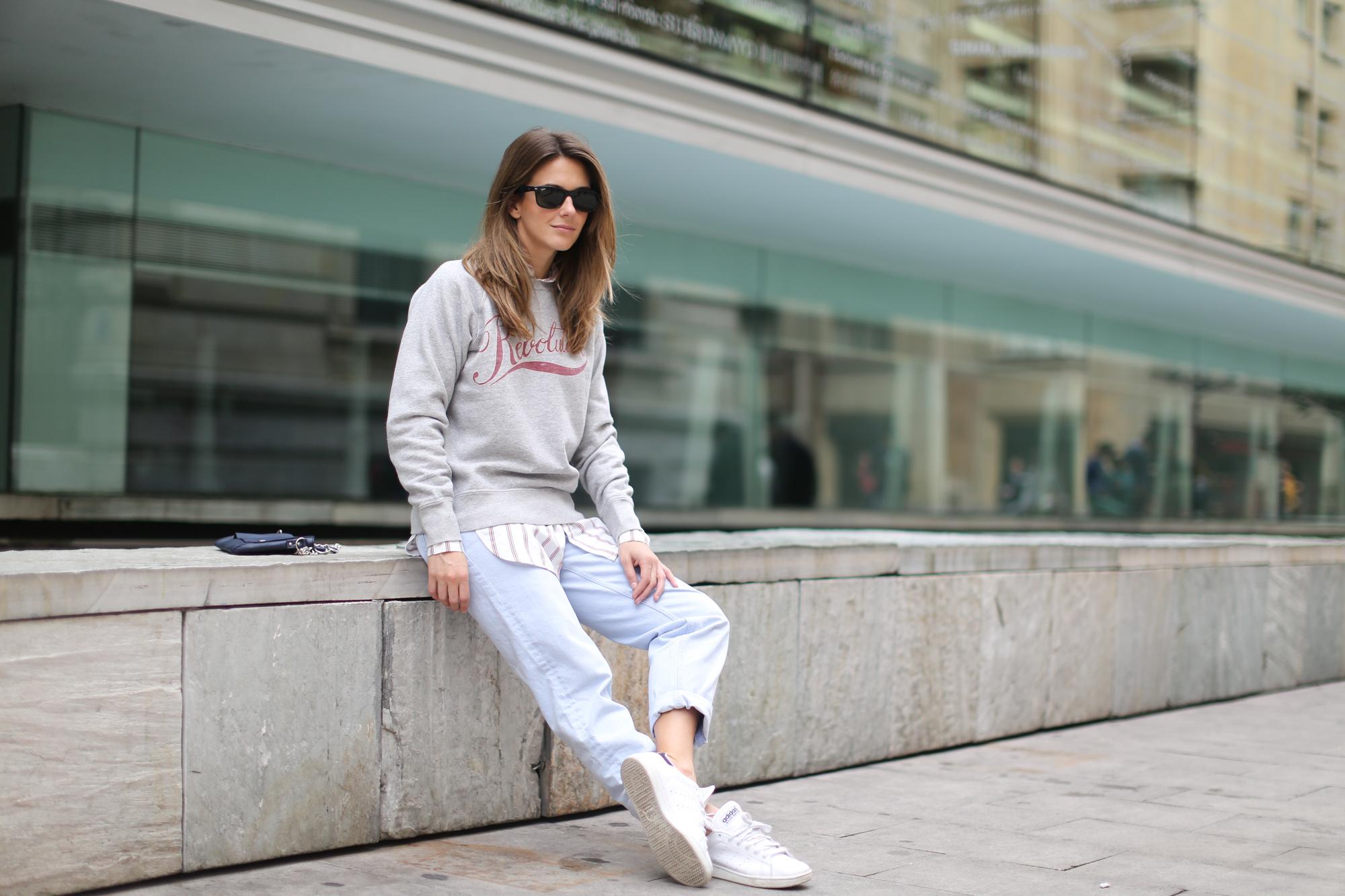 Clochet-streetstyle-mango-wool-coat-isabel-marant-etoile-revolution-sweatshirt-sushi-bag-6