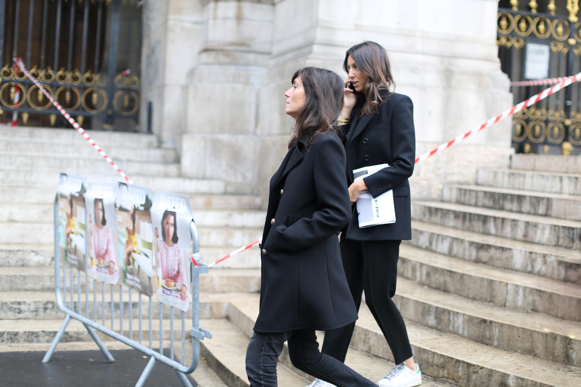 Clochet-streetstyle-paris-fashion-week-emmanuelle-alt-geraldine-saglio