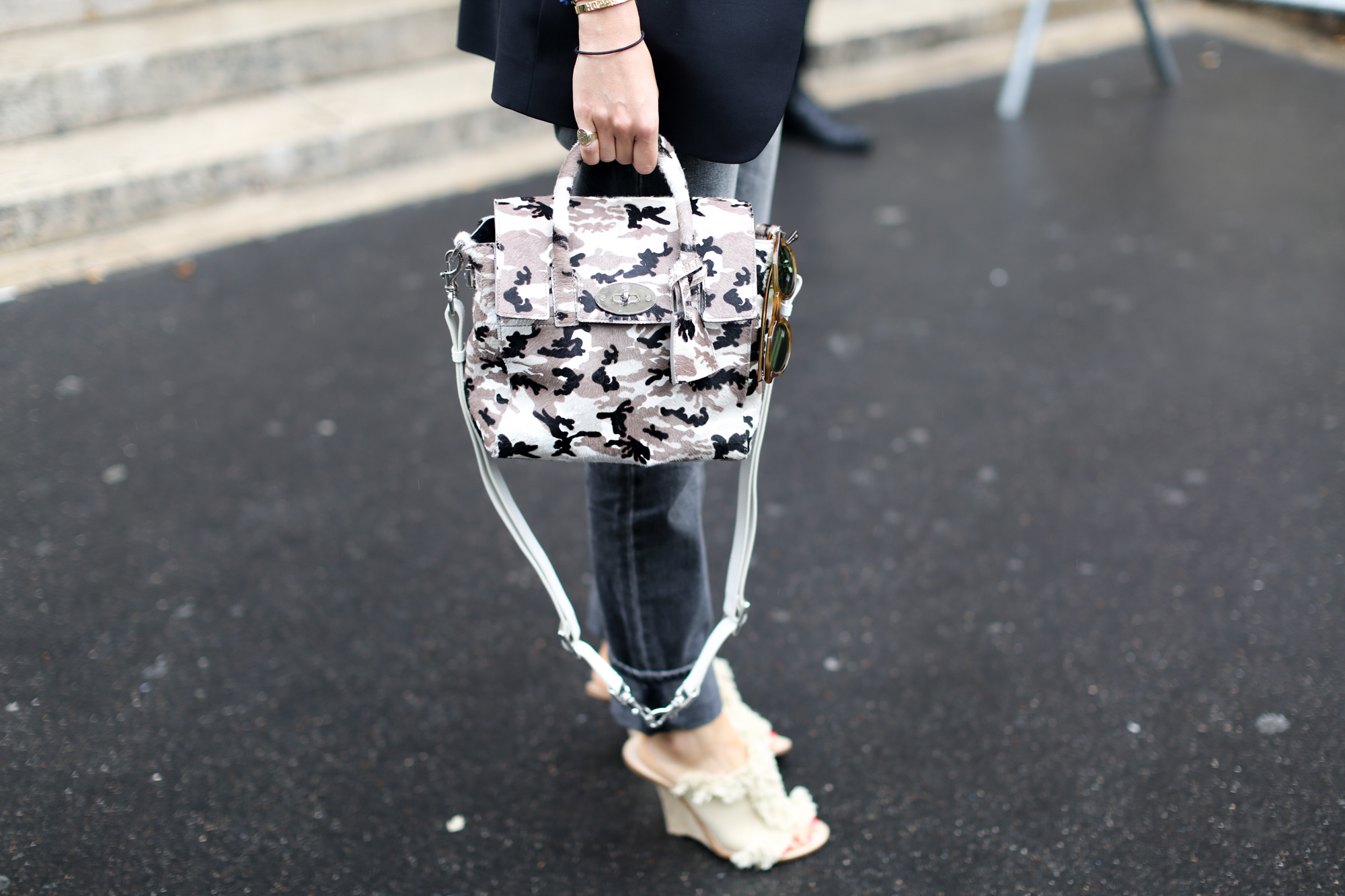 Clochet-streetstyle-paris-fashion-week-leandra-medine-2