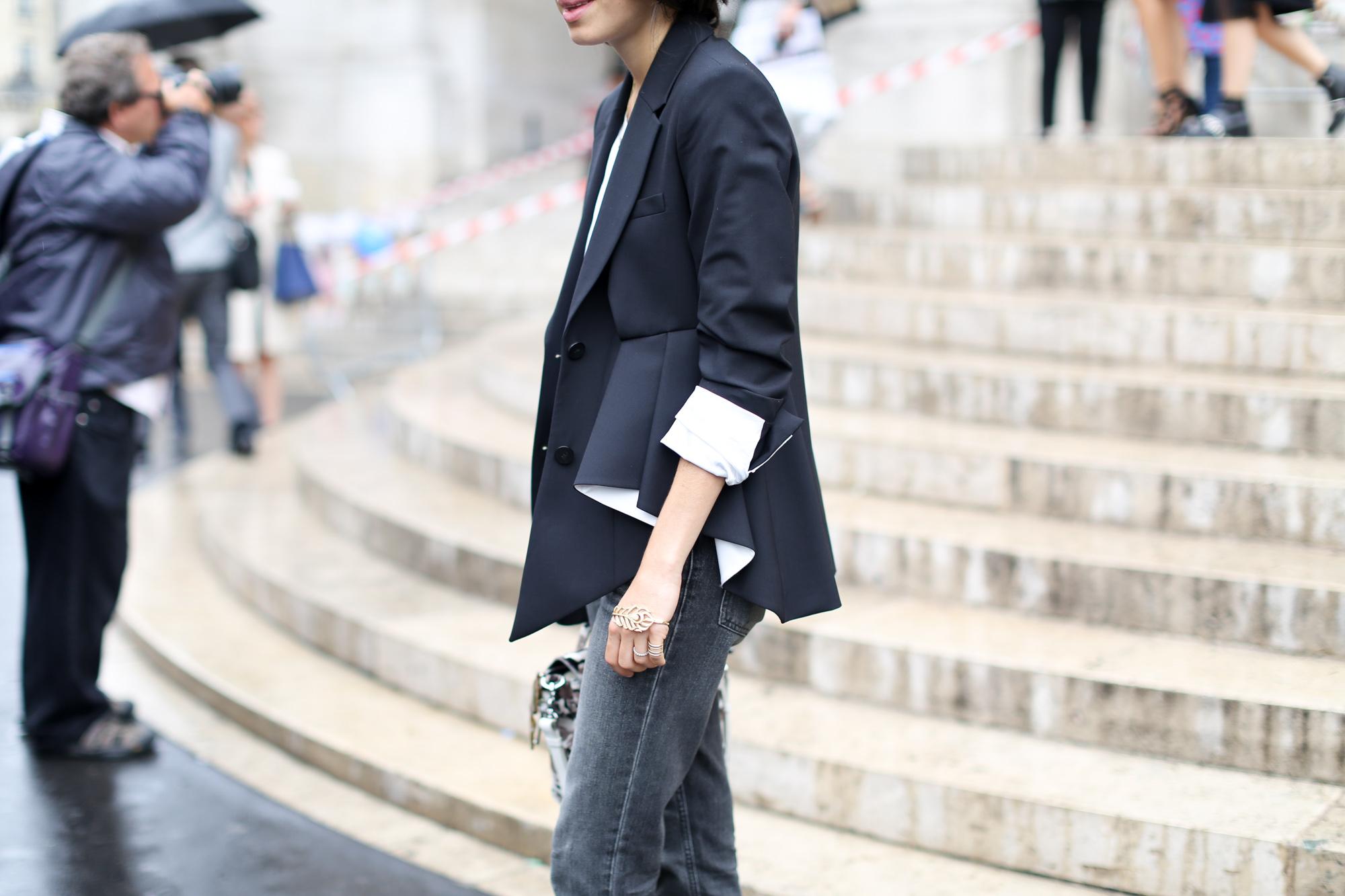 Clochet-streetstyle-paris-fashion-week-leandra-medine