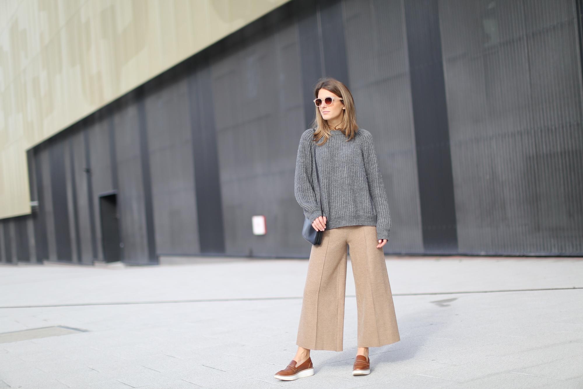 Clochet-streetstyle-zara-beige-wool-culottes-grey-chunky-knit-2