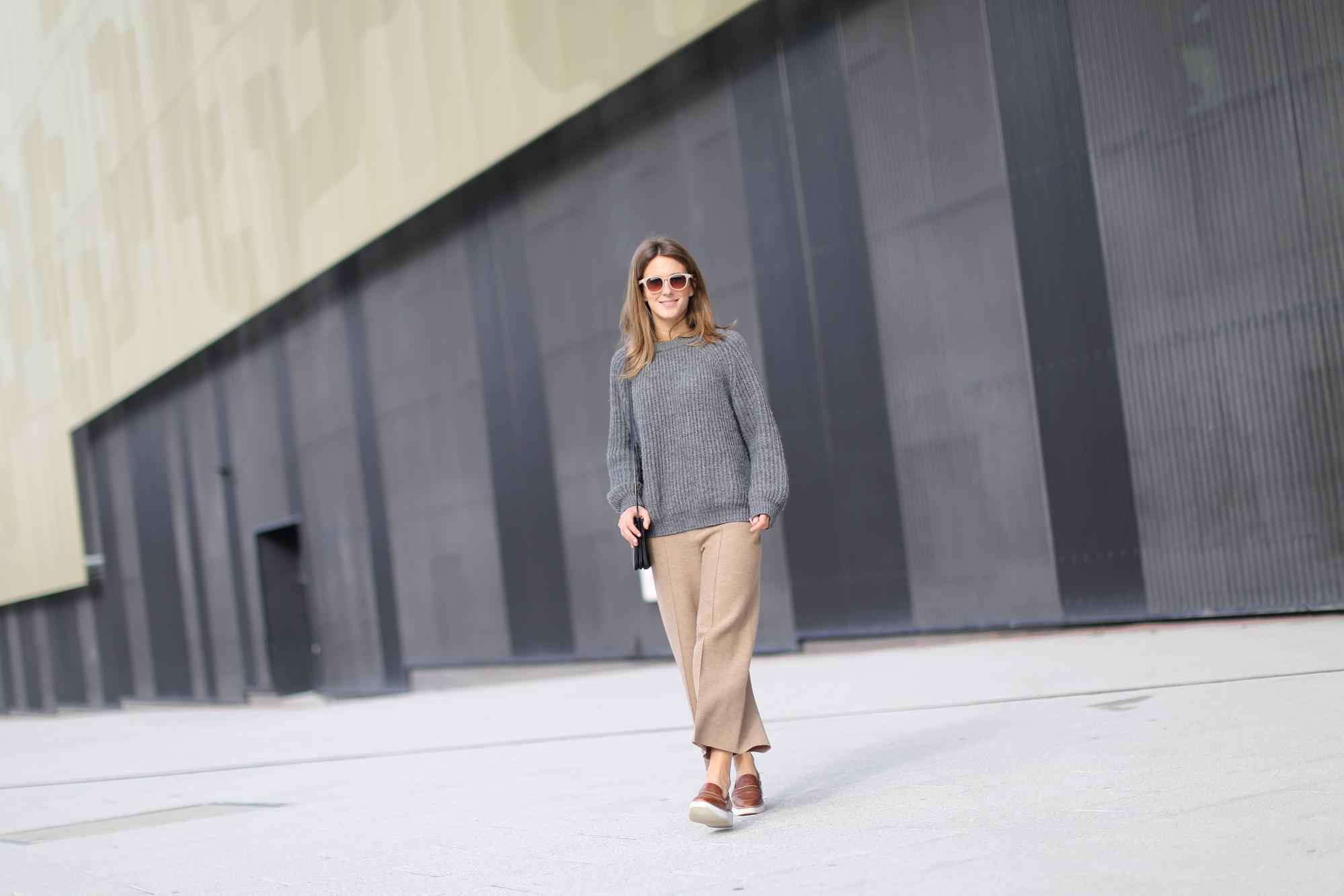 Clochet-streetstyle-zara-beige-wool-culottes-grey-chunky-knit-4